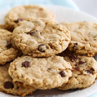 How to Make Peanut Butter Oatmeal Cookies with Chocolate Chips