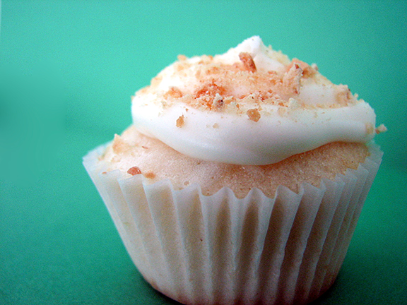 Key Lime Pie Cupcakes | www.tasteandtellblog.com