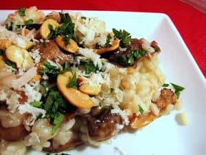 Chicken, Mushroom and Cashew Risotto | www.tasteandtellblog.com
