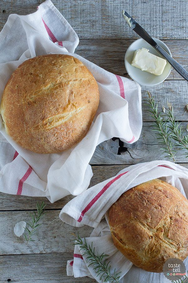 Potato Bread Recipe with Rosemary and Roasted Garlic
