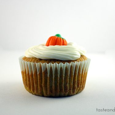 Pumpkin Cupcakes | www.tasteandtellblog.com