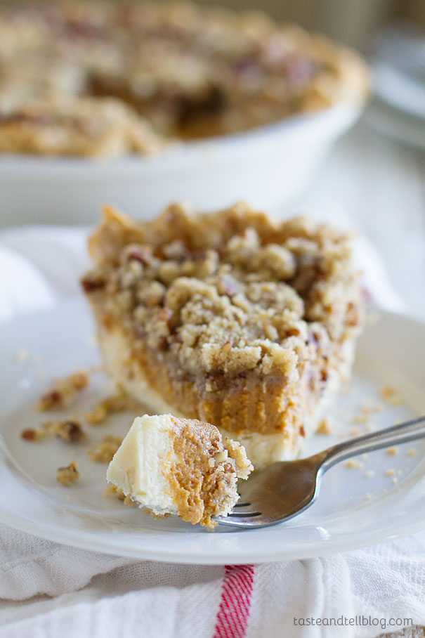 The perfect combination of cheesecake and pumpkin pie - Pumpkin Cheesecake Pie.