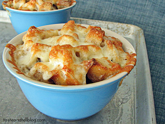 French Onion Bread Soup {7 Days With Rachael Ray – Day 3}