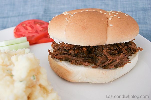 Slow Cooker Ting Town Barbeque Beef Sandwiches