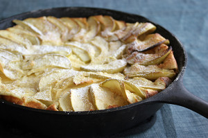 German Apple Pancake | www.tasteandtellblog.com