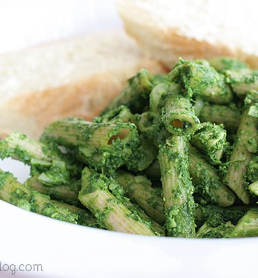Pasta with Spinach Pesto on Taste and Tell
