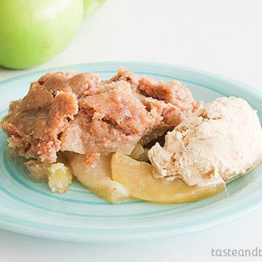 Apple Crisp on www.tasteandtellblog.com