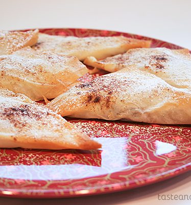 Banana and Chocolate Empanadas from www.tasteandtellblog.com