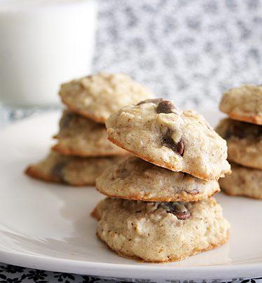 Banana Chocolate Chip Cookies | www.tasteandtellblog.com