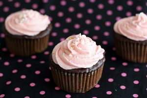 Chocolate Ganache Cupcakes with Buttercream Frosting | www.tasteandtellblog.com