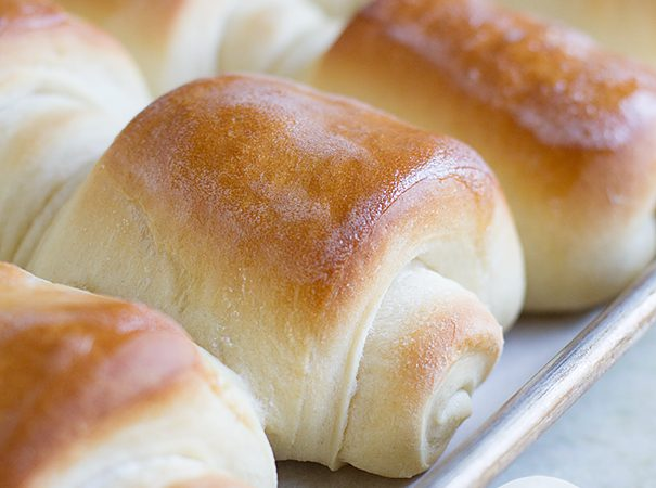 Lion House Rolls on Taste and Tell