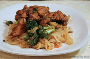 Sesame Chicken Thighs with Garlicky Broccoli | www.tasteandtellblog.com