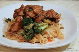 Sesame Chicken Thighs with Garlicky Broccoli | www.tasteandtellblog.com