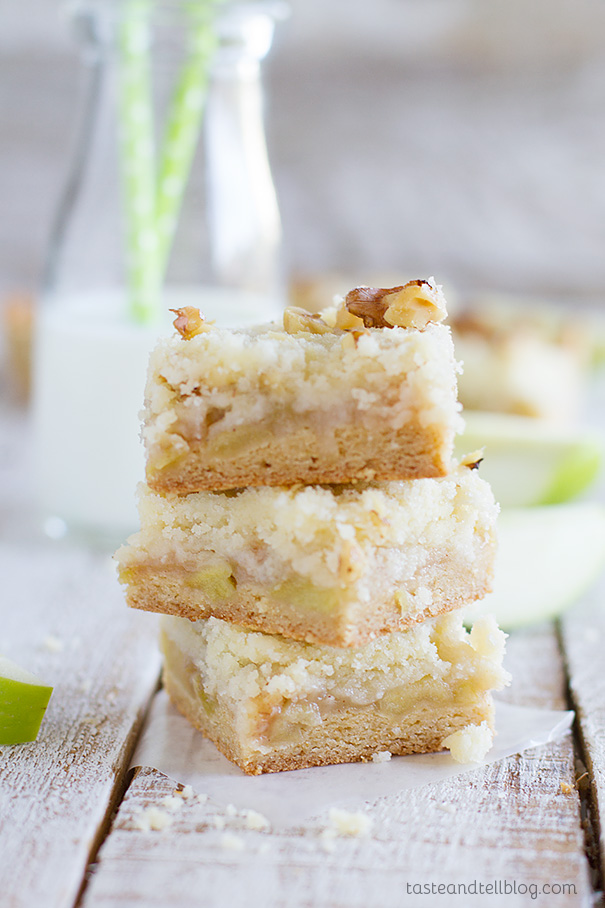 Apple Crumb Bars Recipe