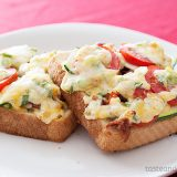 Bacon-Tomato Cheese Toasts on www.tasteandtellblog.com