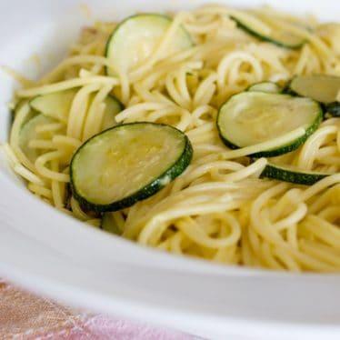 Zucchini Spaghetti with Saffron Sauce | www.tasteandtellblog.com