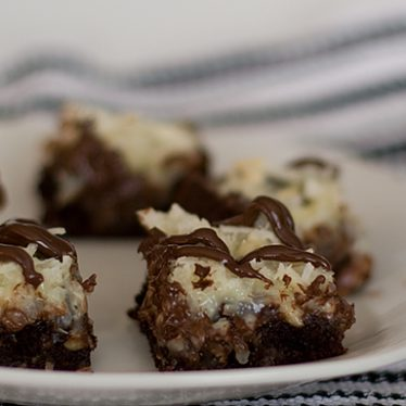 Almond Macaroon Brownie Bars | www.tasteandtellblog.com