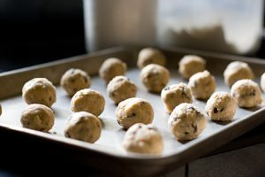 Cinnamon Chocolate Chip Butterballs | www.tasteandtellblog.com