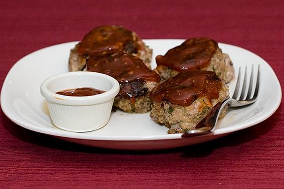 Mini Skillet Meatloaves   Taste and Tell