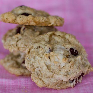 Saucepan Oatmeal Cookies | www.tasteandtellblog.com