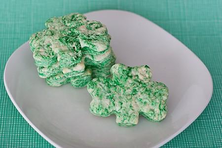 St. Patrick's Day Biscuits | www.tasteandtellblog.com