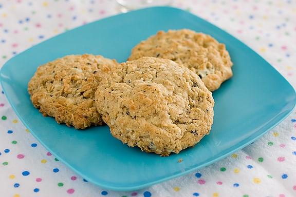 Oatmeal Coconut Cookies n Cream Cookies | www.tasteandtellblog.com