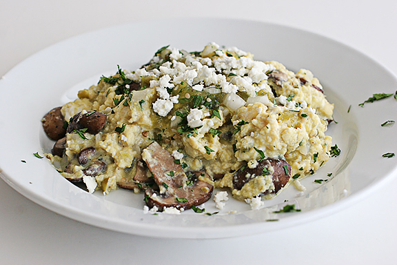 Scrambled Eggs with Mushrooms and Spicy Tomatillo Salsa