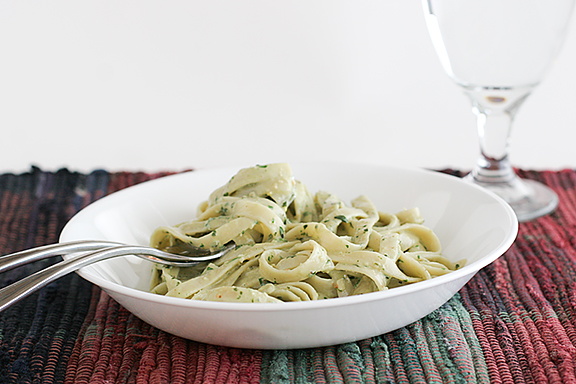 Roasted Garlic Pesto Cream Pasta | www.tasteandtellblog.com