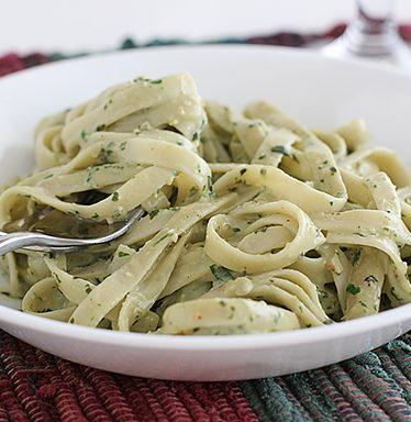 Roasted Garlic Pesto Cream Pasta | www.tasteandtellblog.com