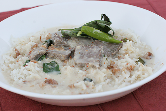 Beef Panaeng | www.tasteandtellblog.com