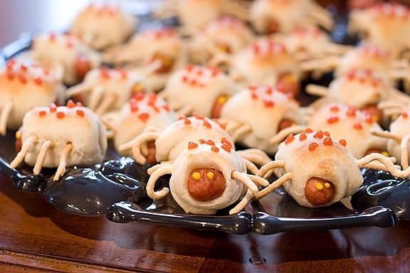 Bite Sized Boo Bugs | www.tasteandtellblog.com