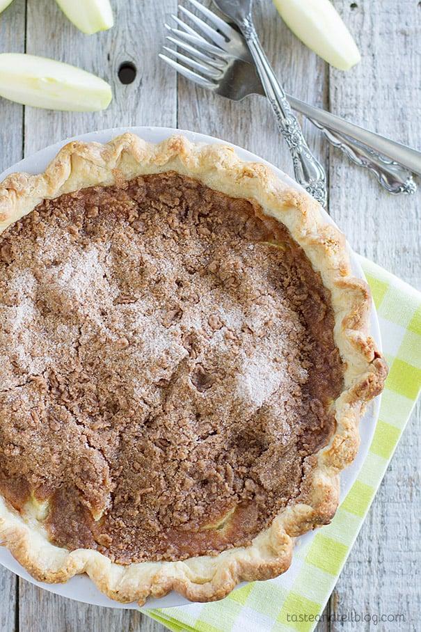 The best apple pie recipe - Sour Cream Apple Pie