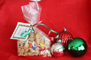 Neighbor Holiday Gifts | www.tasteandtellblog.com