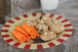 Santa Treats | www.tasteandtellblog.com
