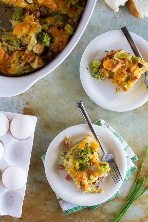 This Broccoli, Cheddar and Ham Strata Recipe is a cinch to put together, and is a filling and delicious breakfast recipe.