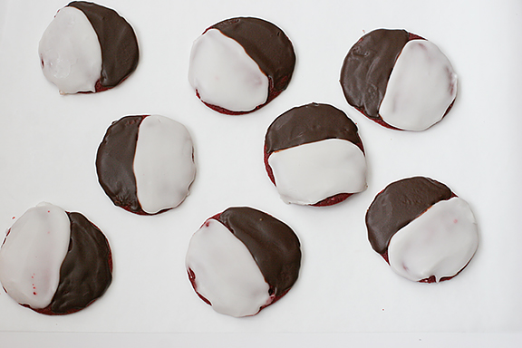Red Velvet Black and White Cookies | www.tasteandtellblog.com