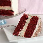 Red Velvet Week – Red Velvet Cheesecake Cake