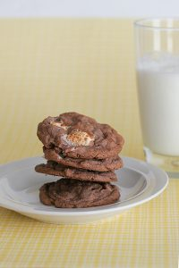 Chocolate, Peanut Butter and Marshmallow Pudding Cookies | www.tasteandtellblog.com
