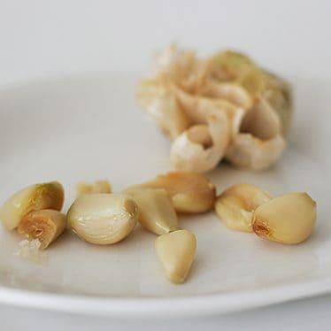 How to Roast Garlic | www.tasteandtellblog.com