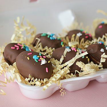 Easter Egg Marshmallow Truffles | www.tasteandtellblog.com