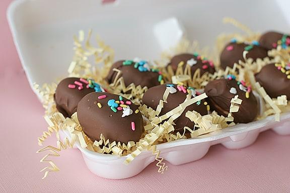 Easter Egg Marshmallow Truffles