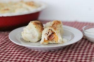 Stuffed Pizza Rolls | www.tasteandtellblog.com