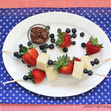 July 4th Dessert Kabobs | www.tasteandtellblog.com