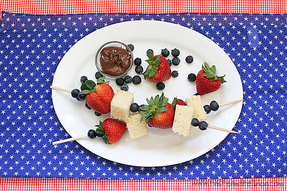 4th of July Week – Red, White and Blue Dessert Kabobs {Aunt Sue's Pound Cake}