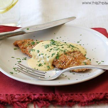 Pretzel Crusted Chicken with Mustard-Cheddar Sauce | www.tasteandtellblog.com
