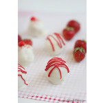 Strawberry Shortcake Cake Bites | www.tasteandtellblog.com