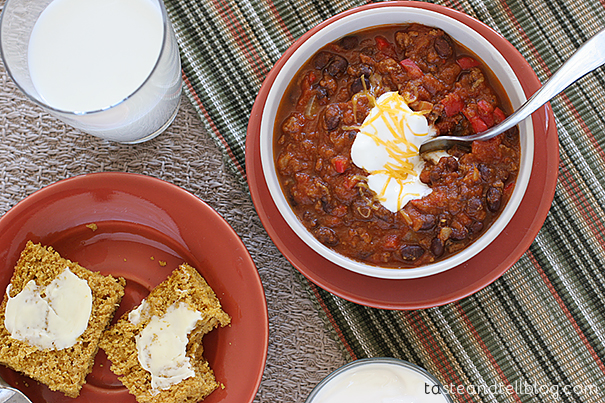 Slow Cooker Pumpkin Chili | www.tasteandtellblog.com