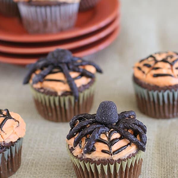 Spiderweb Cupcakes | Taste and Tell