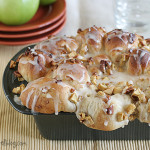 Apple Filled Pull-Apart Loaf