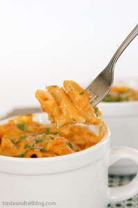 Pumpkin Cheddar Mac and Cheese | www.tasteandtellblog.com